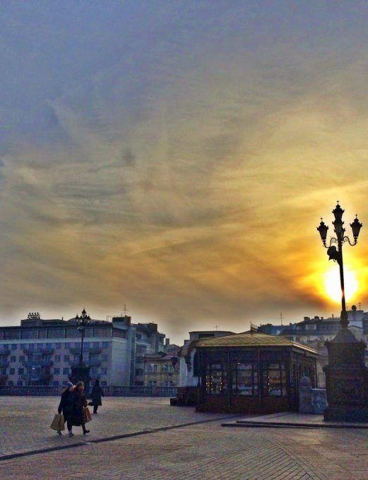WALKING AROUND MOSCOW…..