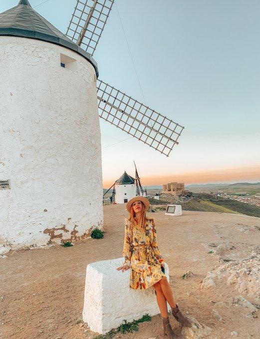 Los Molinos de la Mancha en España: tras la huella del Quijote